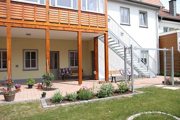 Hof und Aufgang Haus Bohn